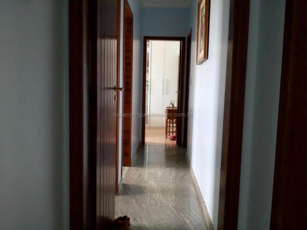 Cobertura 4 quartos próxima da praia do Forte – Cabo Frio