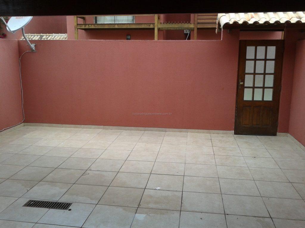 Casa em condomínio 4 quartos – Palmeiras – Cabo Frio