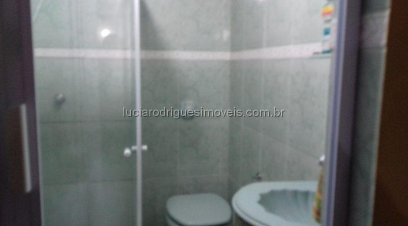 12 - Banheiro Verde