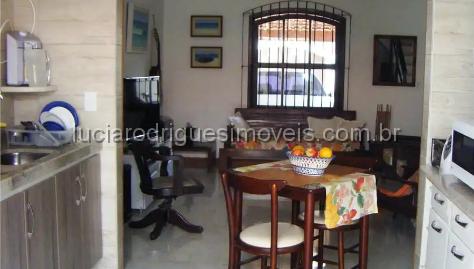 Casa independente 02 quartos – Braga – Cabo Frio