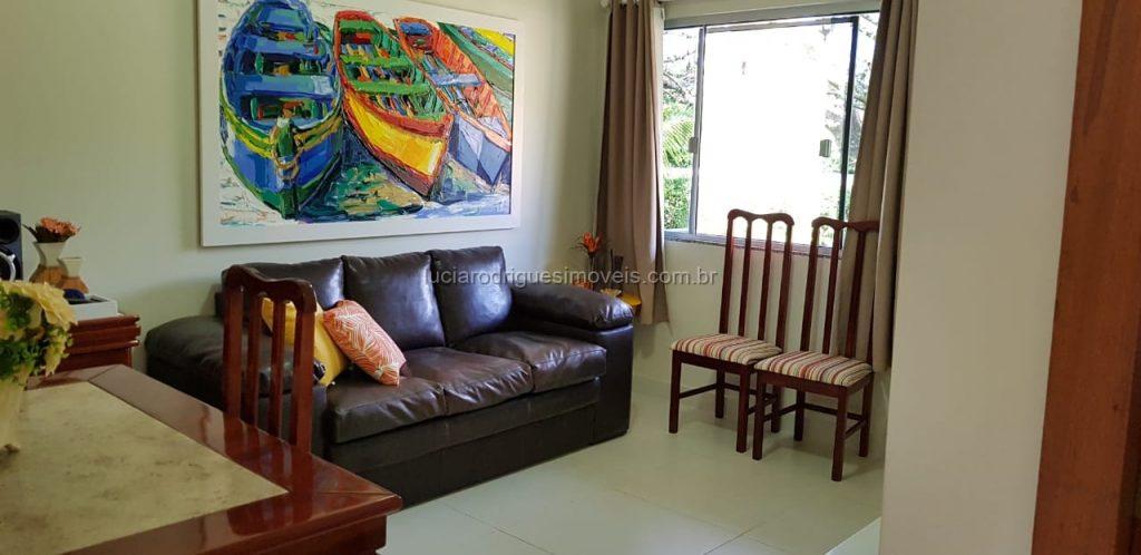 Casa independente em condomínio 02 quartos – Guriri – Cabo Frio