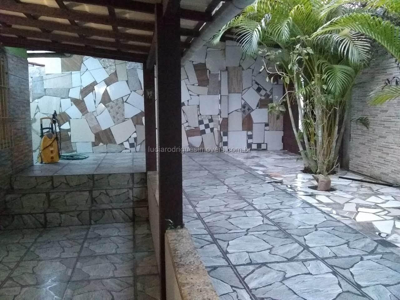 Casa independente 05 quartos – Jardim Peró – Cabo Frio
