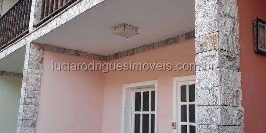 Casa em condomínio – 03 quartos – Jardim Caiçara – Cabo Frio