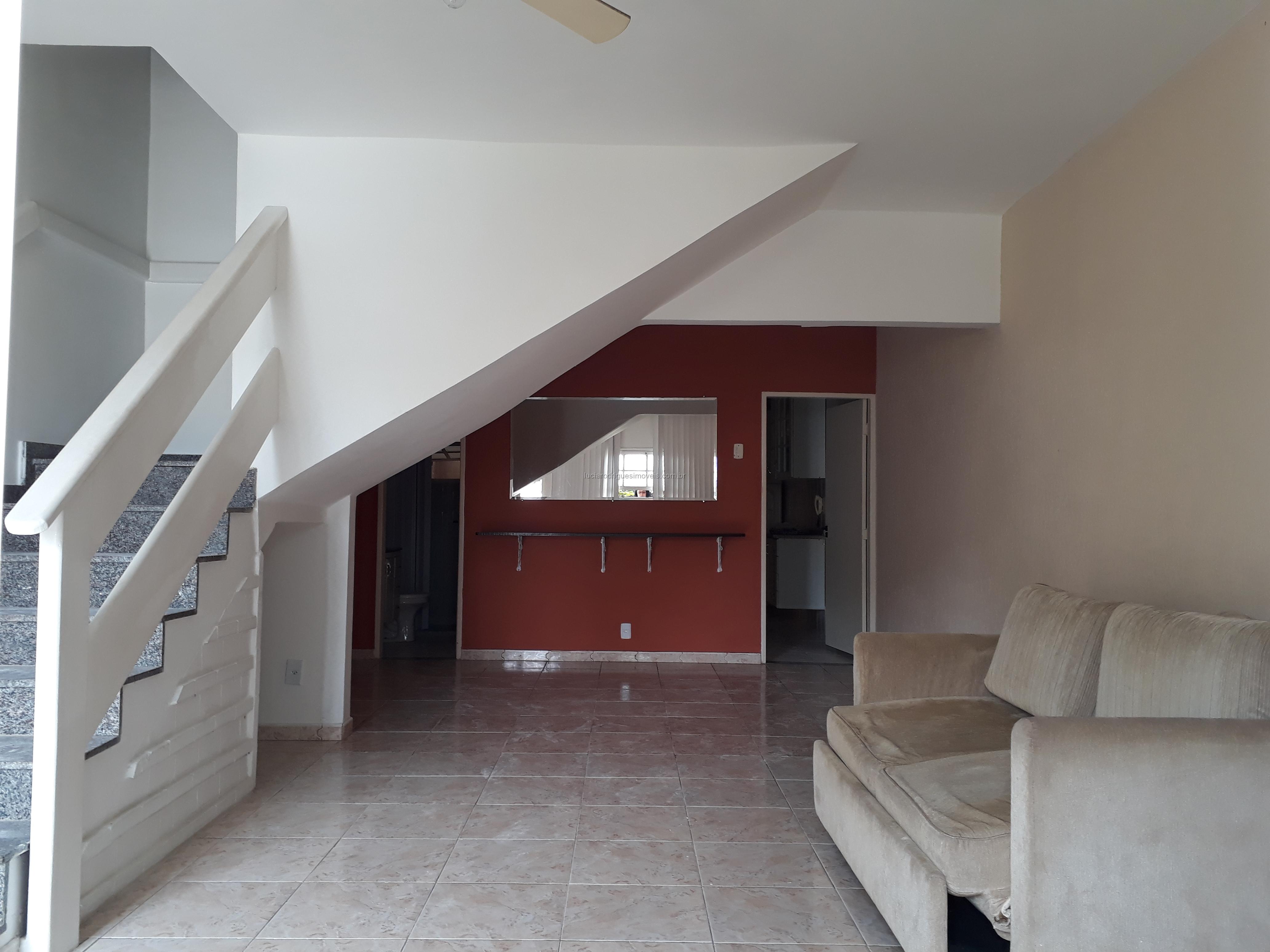 Casa duplex 02 suítes – Palmeiras – Cabo Frio