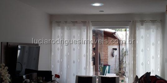 Casa independente – 03 quartos – Novo Portinho/Cabo Frio