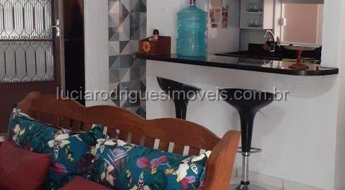 Casa em condomínio 03 quartos – Parque Burle – Cabo Frio