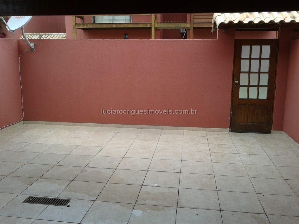Casa 04 quartos – Palmeiras – Cabo Frio