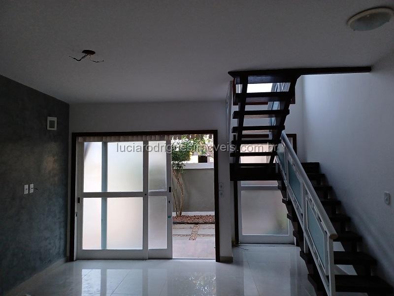 Condomínio 03 quartos – Palmeiras – Cabo Frio