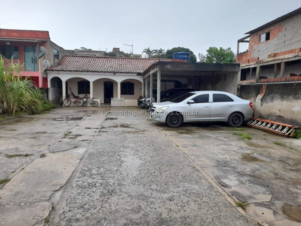 Terreno com casas – 07 quartos – Porto do Carro/São Pedro da Aldeia